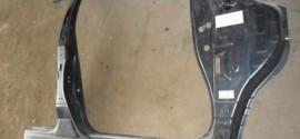 Боковина кузова передняя правая Nissan Murano (2004-2008)